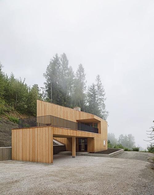 meck architekten ferienhaus aufberg 1110 sterreich. Black Bedroom Furniture Sets. Home Design Ideas