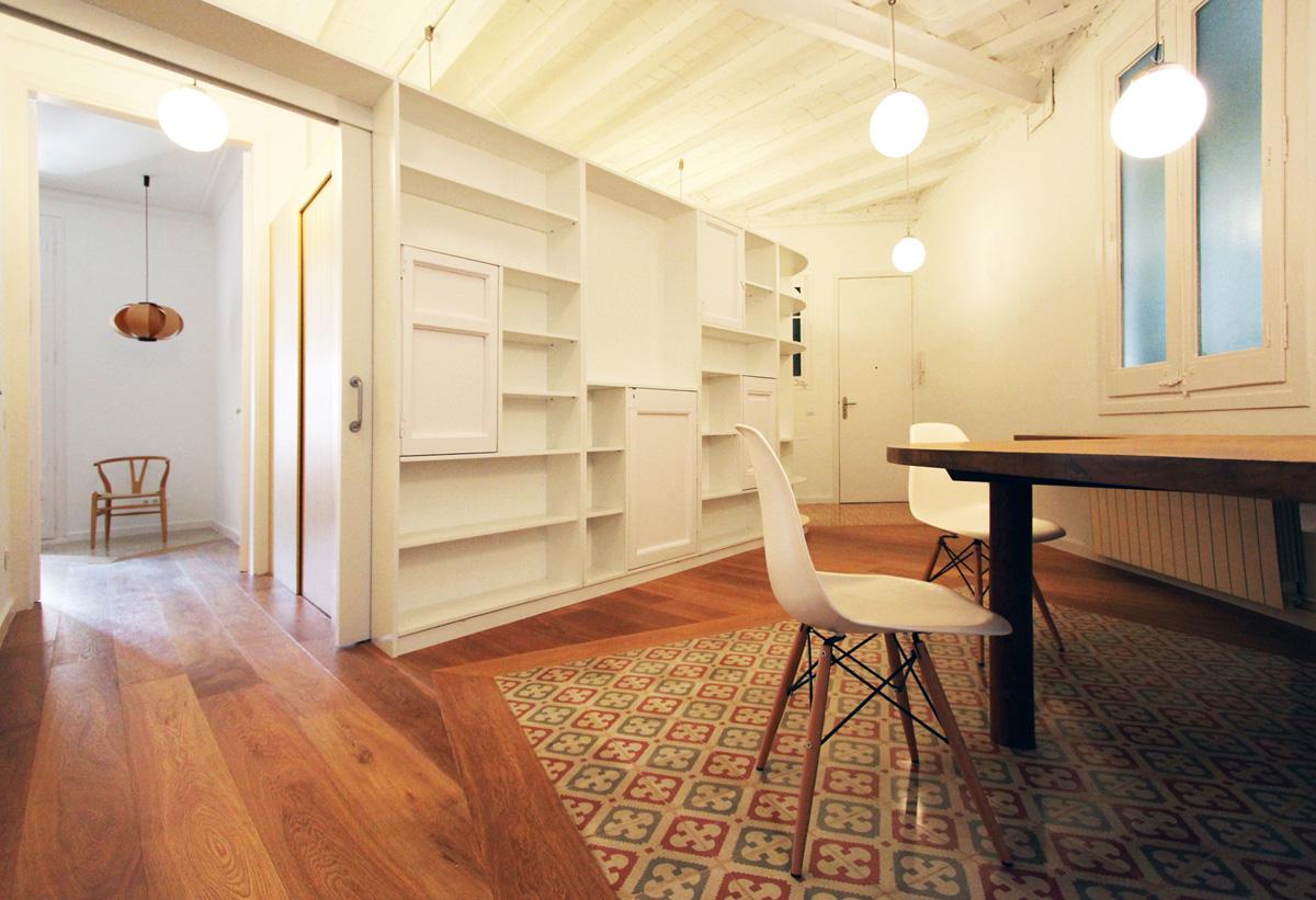 Laura bonell reforma de un piso en c rossell barcelona hic arquitectura - Como rejuvenecer un piso antiguo ...