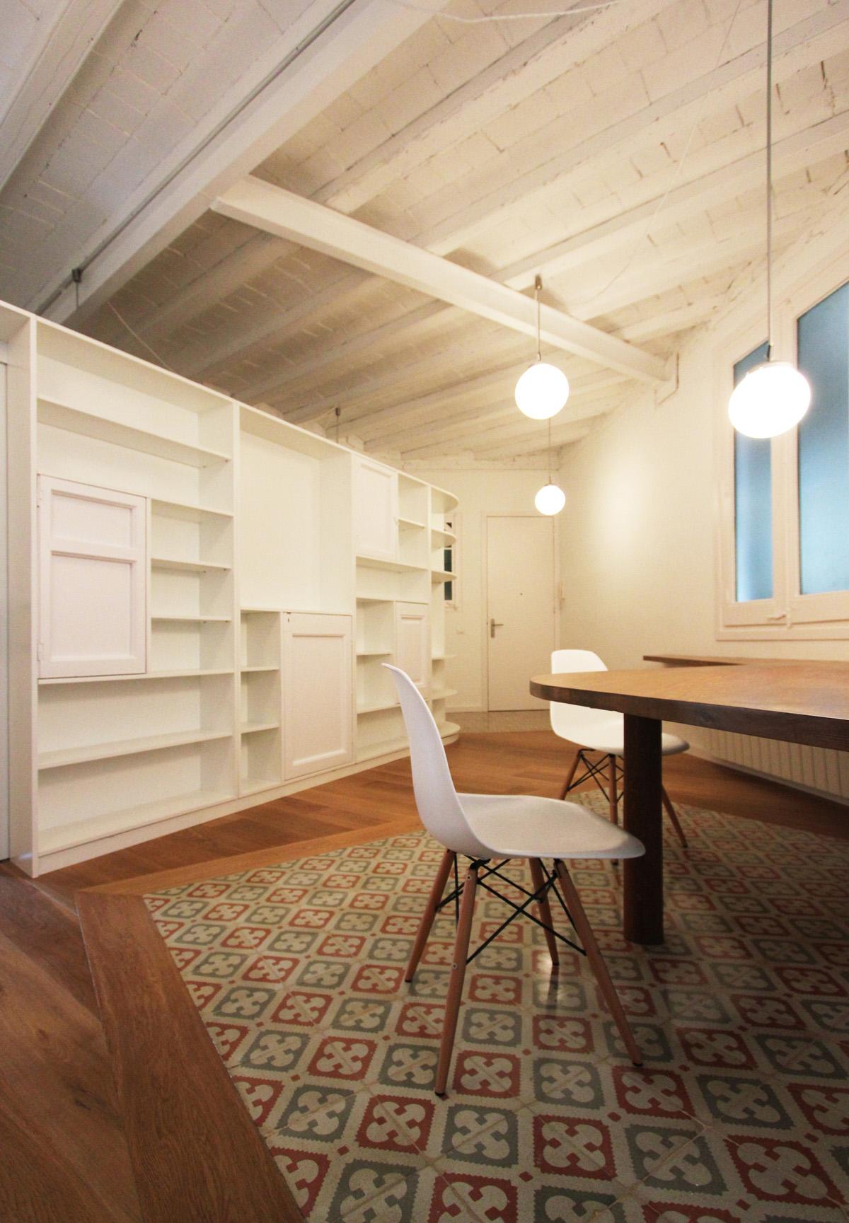 Reformar piso barcelona good reforma de saln con puerta - Reforma pisos barcelona ...