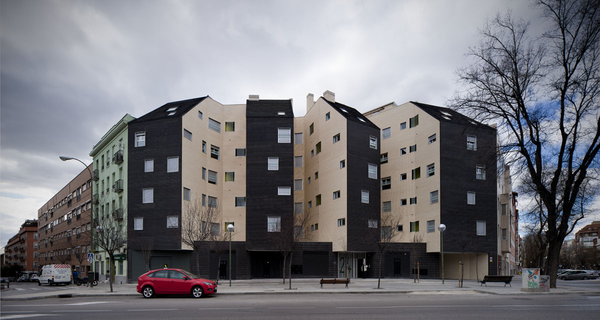 solid arquitectura 20 viviendas vpo y 3 locales en