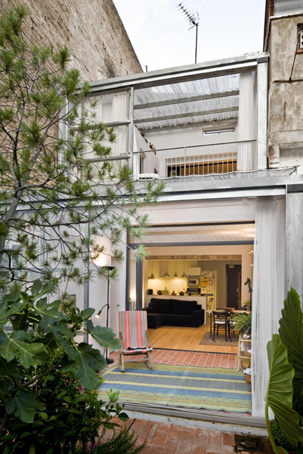 Jordi Adell Reforma Casa Patio en Sants Barcelona
