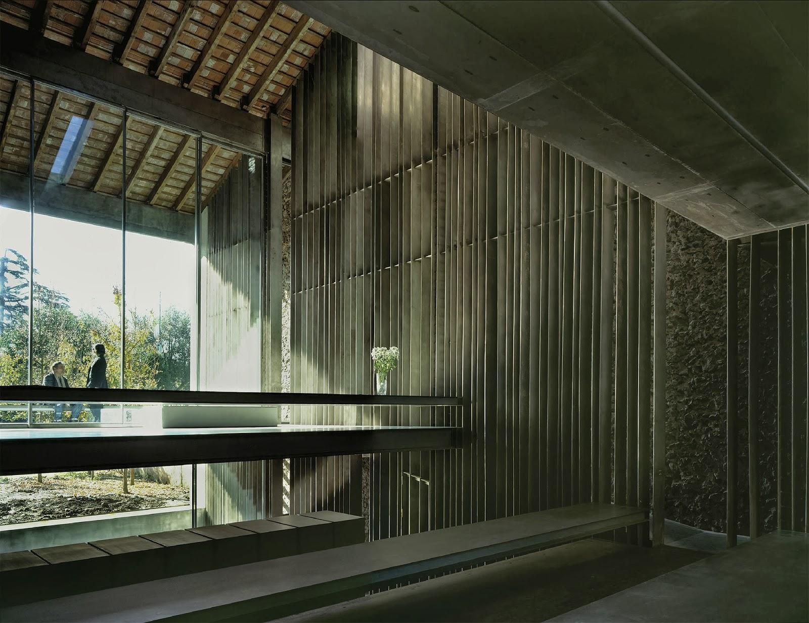 Rcr arquitectes casa entremuros hic arquitectura - Arquitectura girona ...