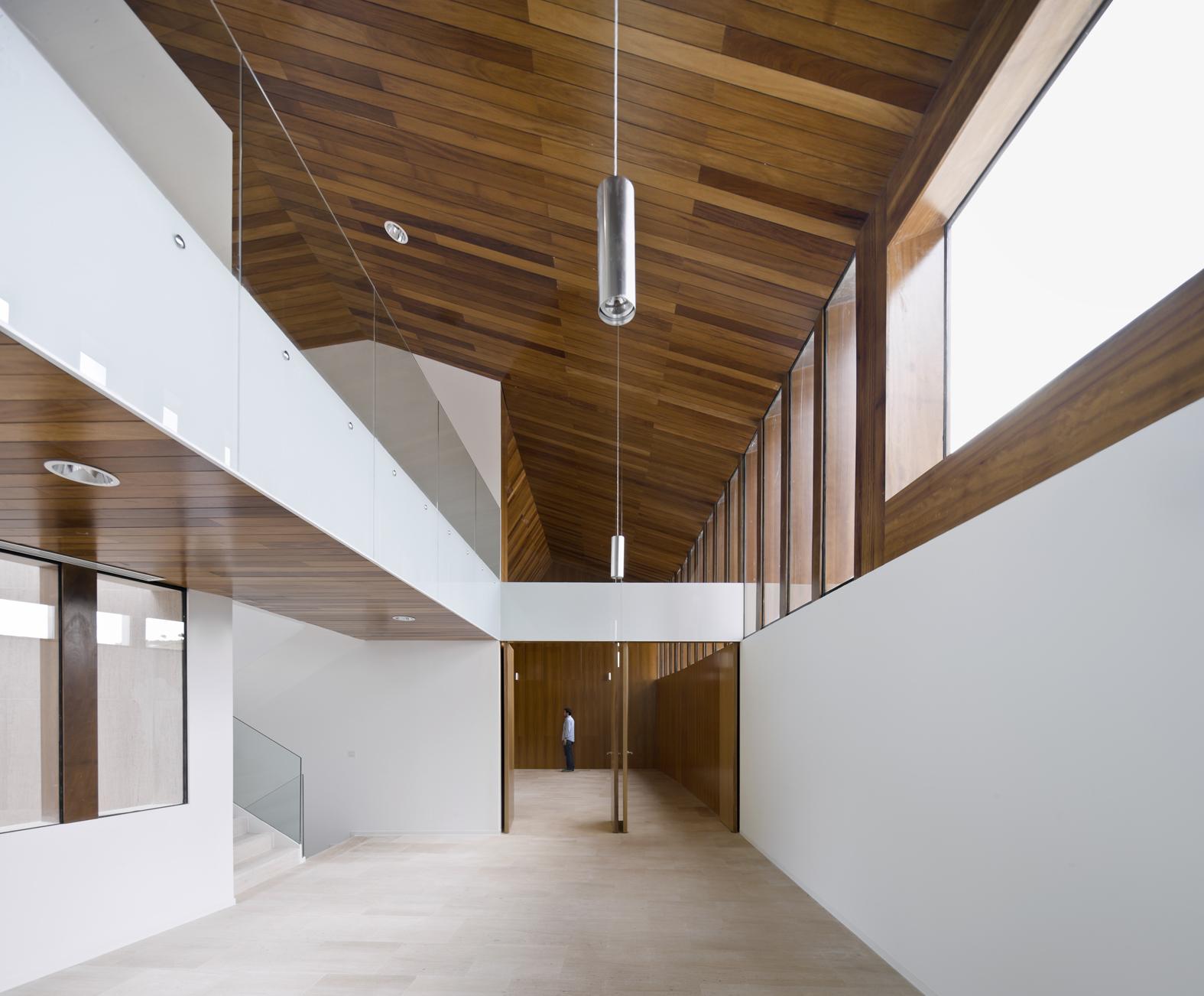 Magen arquitectos ayuntamiento escatr n hic arquitectura for Interior 1 arquitectura