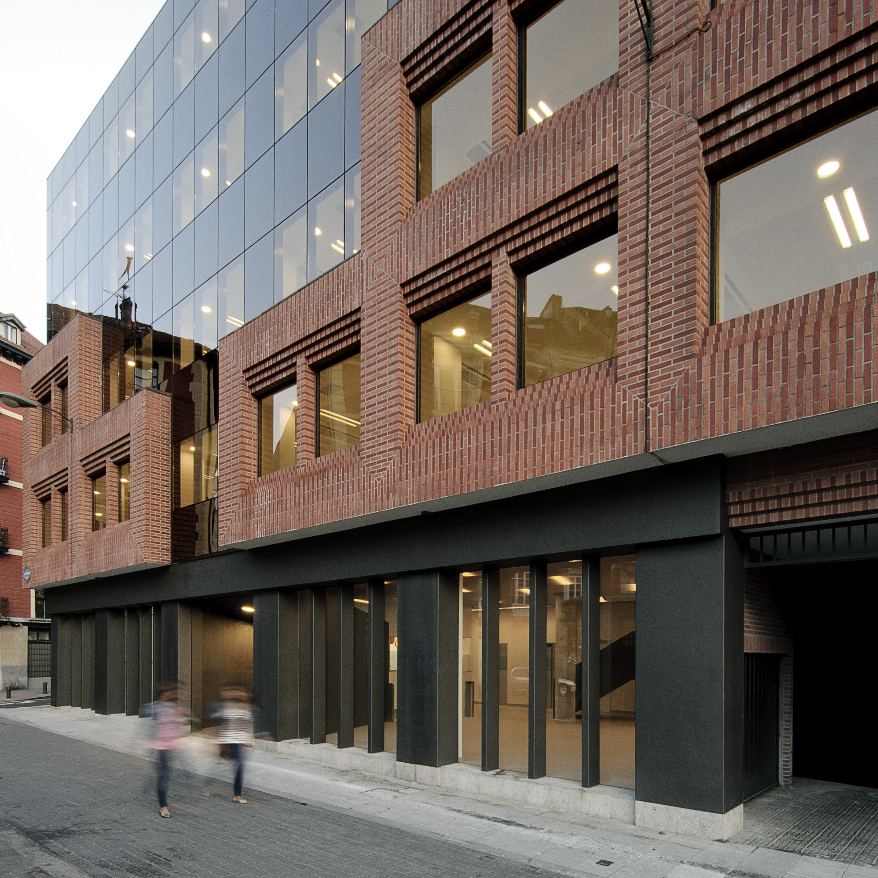 Garmendia cordero arquitectos reforma de edificio de oficinas en bilbao hic arquitectura - Edificio de oficinas ...