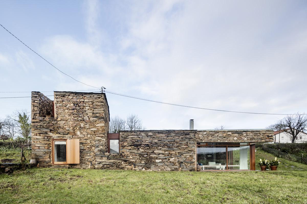Cubus taller d arquitectura a bodega hic arquitectura - Arquitectos lugo ...