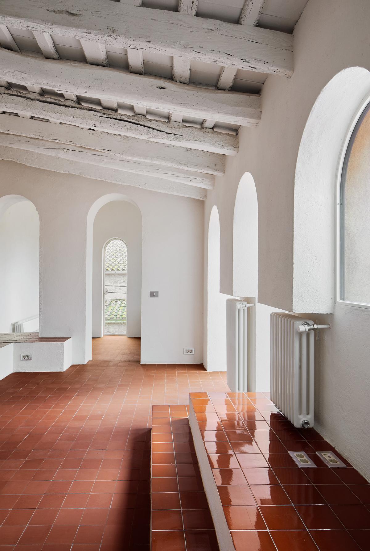 Arquitectura g reforma de una vivienda en la tallada girona hic arquitectura - Arquitectura girona ...